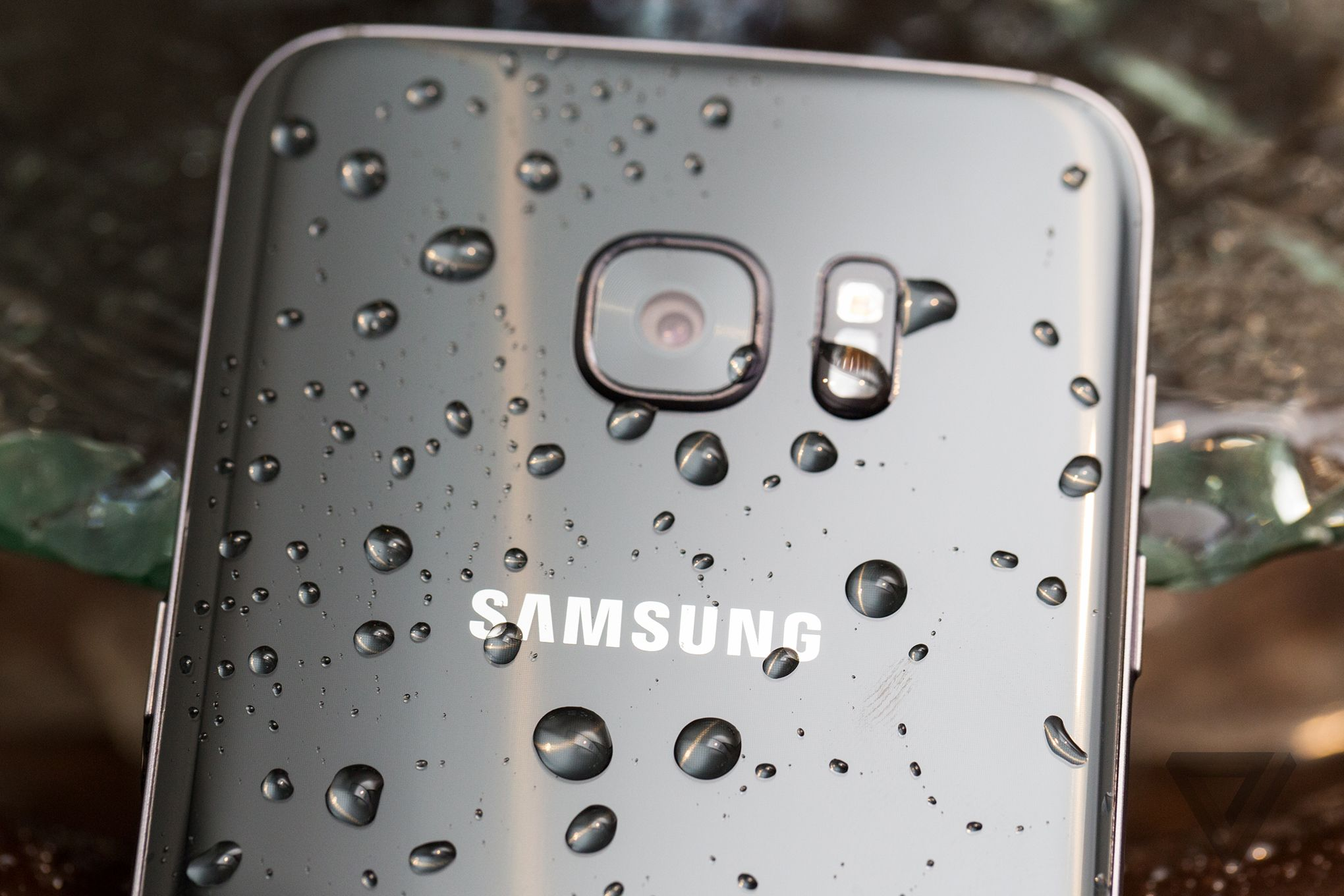 Samsung Galaxy S8 Leaked Stock Wallpapers