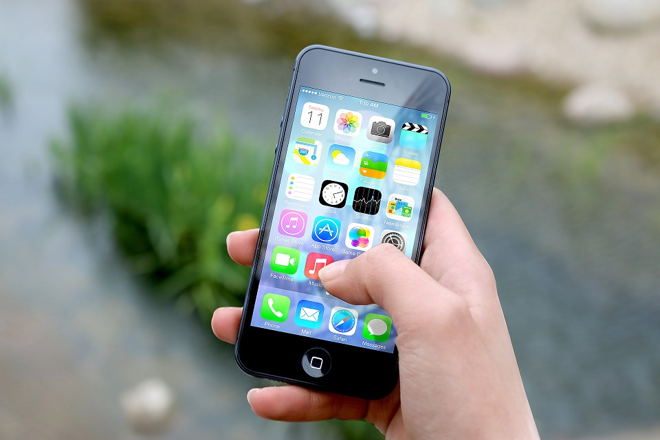 How to download and install iOS 8.1.3 For iOS Users
