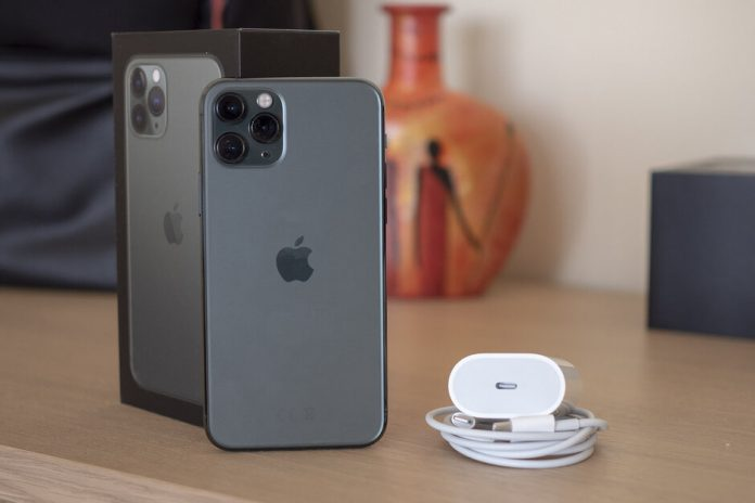 How to Charge iPhone11 Properly