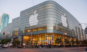 Apple Calls Up Employees Back to Office in September